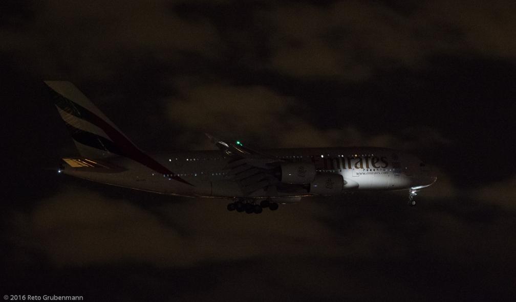 Emirates_A388_A6-EEK_ZRH160208