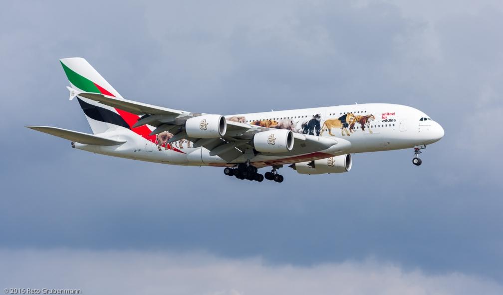 Emirates_A388_A6-EEI_ZRH160306_01