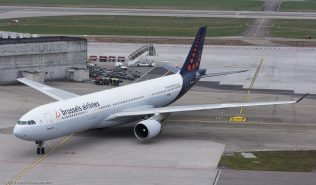 BrusselsAirlines_A333_OO-SFV_ZRH160325_02