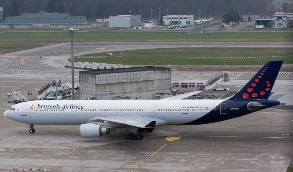 BrusselsAirlines_A333_OO-SFM_ZRH160325_04