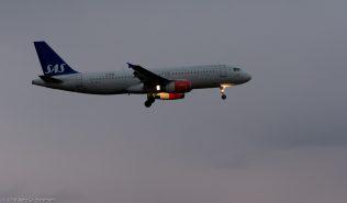 ScandinavianAirlines_A320_OY-KAL_ZRH160329