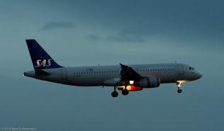 ScandinavianAirlines_A320_OY-KAP_ZRH160331