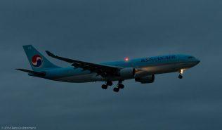 KoreanAir_A332_HL8276_ZRH160405