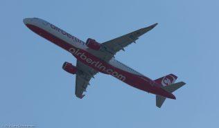 AirBerlin_A321_OE-LNZ_ZRH160410