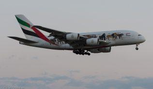 Emirates_A388_A6-EEI_ZRH160411_01