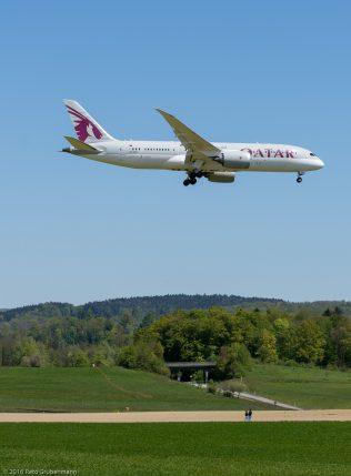 QatarAirways_B788_A7-BCJ_ZRH160505