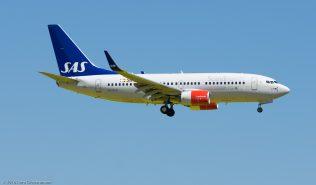 ScandinavianAirlines_B737_SE-RJS_ZRH160505