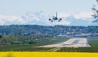 vueling_A320_EC-MDZ_ZRH160505
