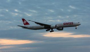 Swiss_B77W_HB-JNB_ZRH160526