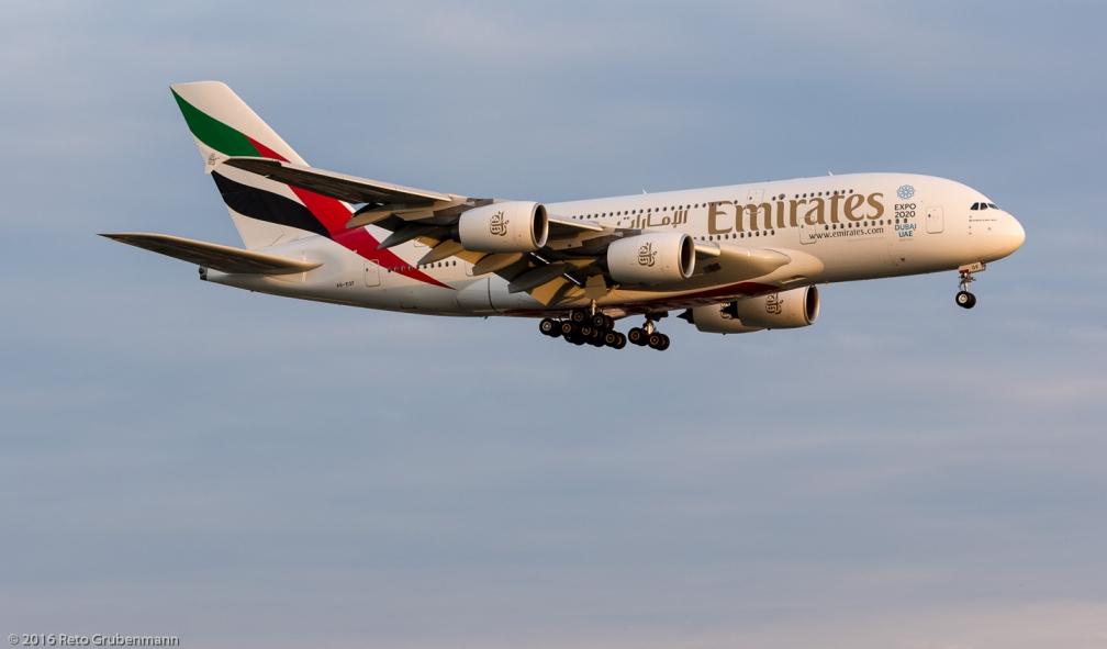 Emirates_A388_A6-EOF_ZRH160526