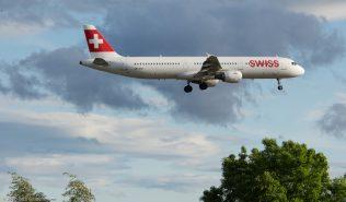 Swiss_A321_HB-IOH_ZRH160530