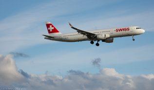 Swiss_A321_HB-IOO_ZRH160530
