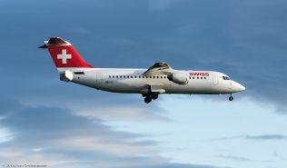 Swiss_RJ1H_HB-IYZ_ZRH160530