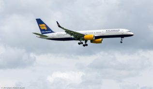 Icelandair_B752_TF-ISY_ZRH160601