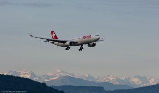Swiss_A333_HB-JHL_ZRH160610