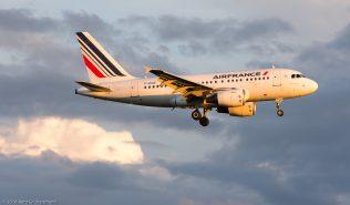 AirFrance_A318_F-GUGE_ZRH160617