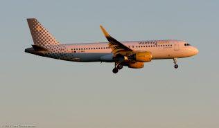VuelingAirlines_A320_EC-MAN_ZRH160622