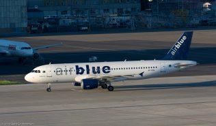 AirBlue_A320_AP-EDA_ZRH160623_03