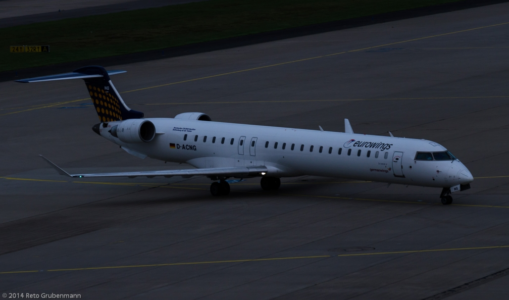 Eurowings_CRJ9_D-ACNG_CGN140817