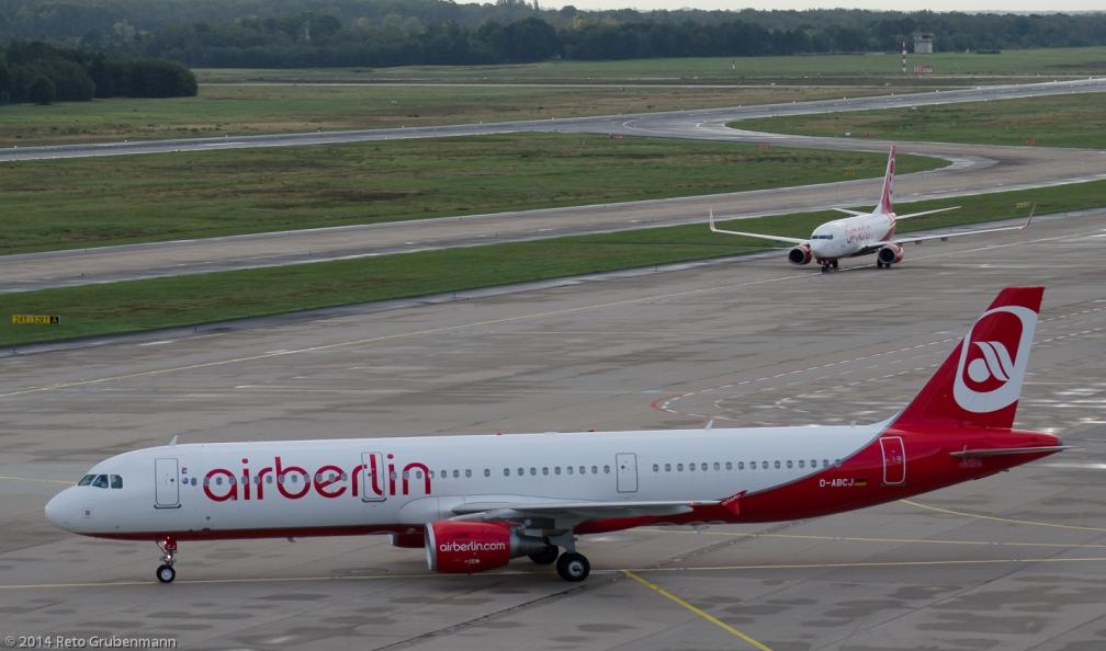 AirBerlin_A321_D-ABCJ_CGN140818