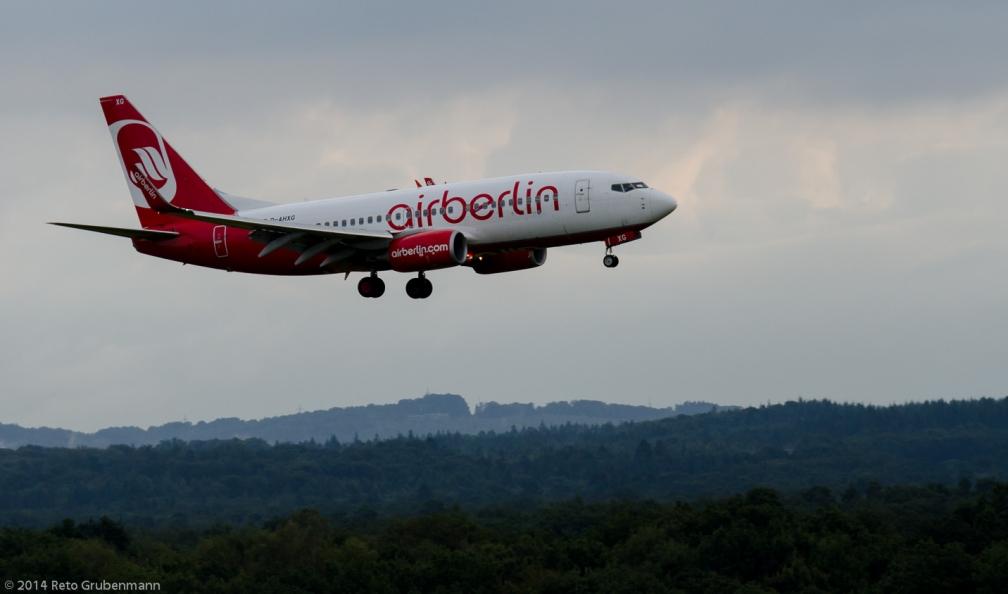 AirBerlin_B737_D-AHXG_CGN140818