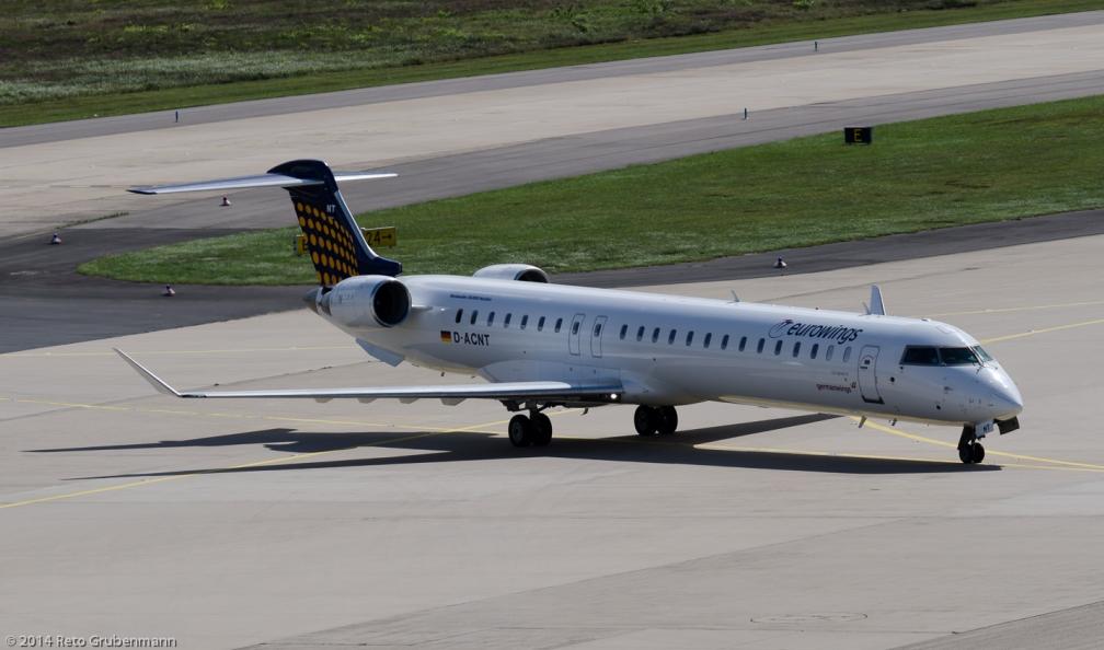 Eurowings_CRJ9_D-ACNT_CGN140818