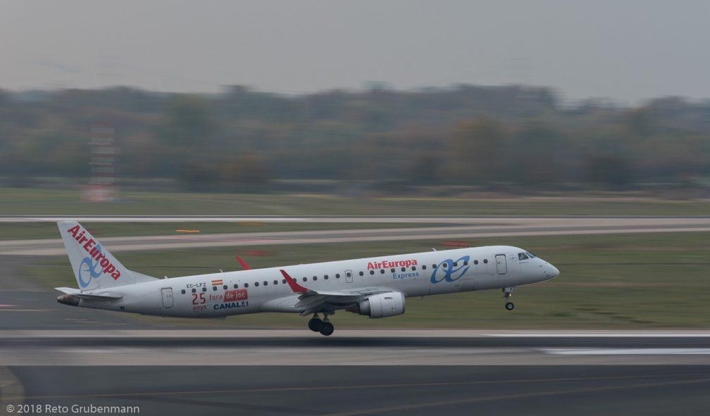 AirEuropa_E190_EC-LFZ_DUS181019_02