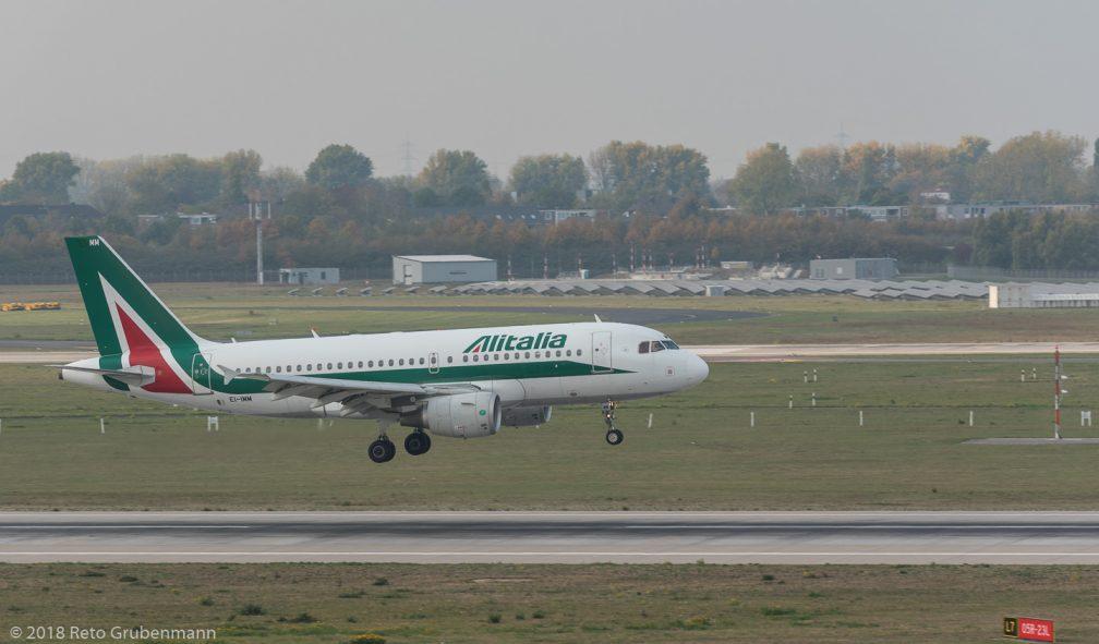Alitalia_A319_EI-IMM_DUS181019