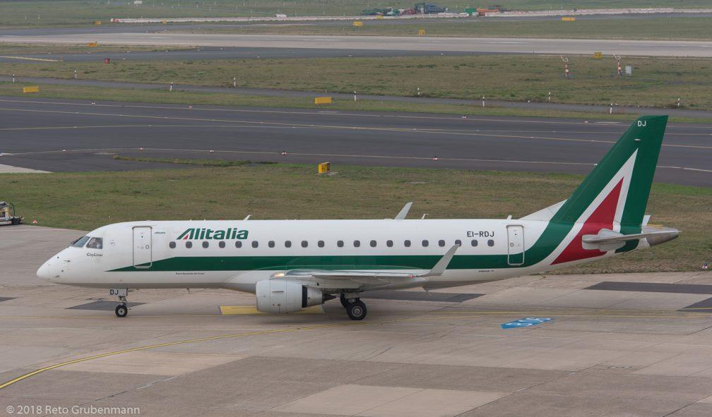 Alitalia_E170_EI-RDJ_DUS181019