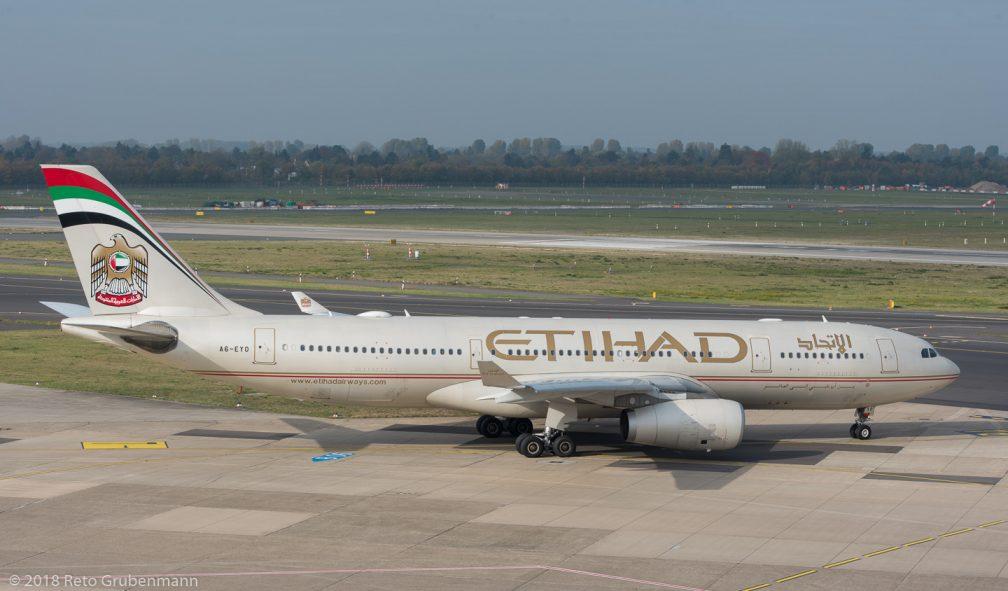 EtihadAirways_A332_A6-EYO_DUS181019