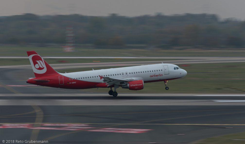 Eurowings_A320_D-ABHC_DUS181019_02
