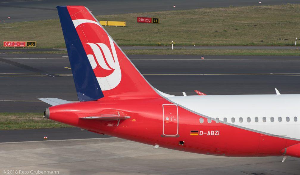 Eurowings_A320_D-ABZI_DUS181019_02
