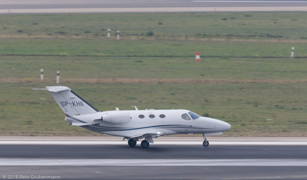 FlyjetSpzoo_C510_SP-KHK_DUS181019
