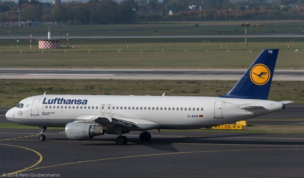 Lufthansa_A320_D-AIPB_DUS181019