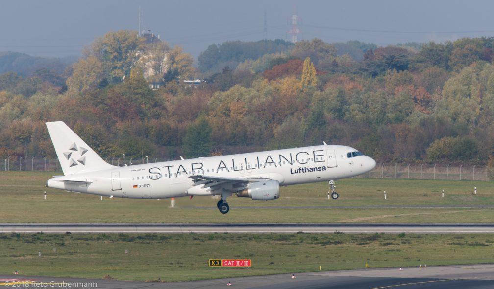 Lufthansa_A320_D-AIQS_DUS181019_01