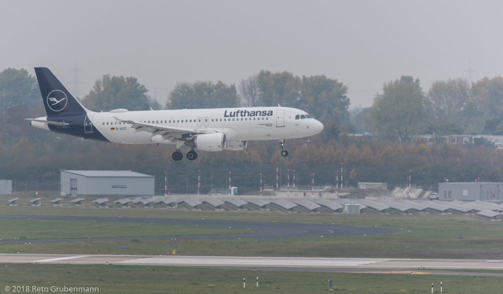 Lufthansa_A320_D-AIZC_DUS181019