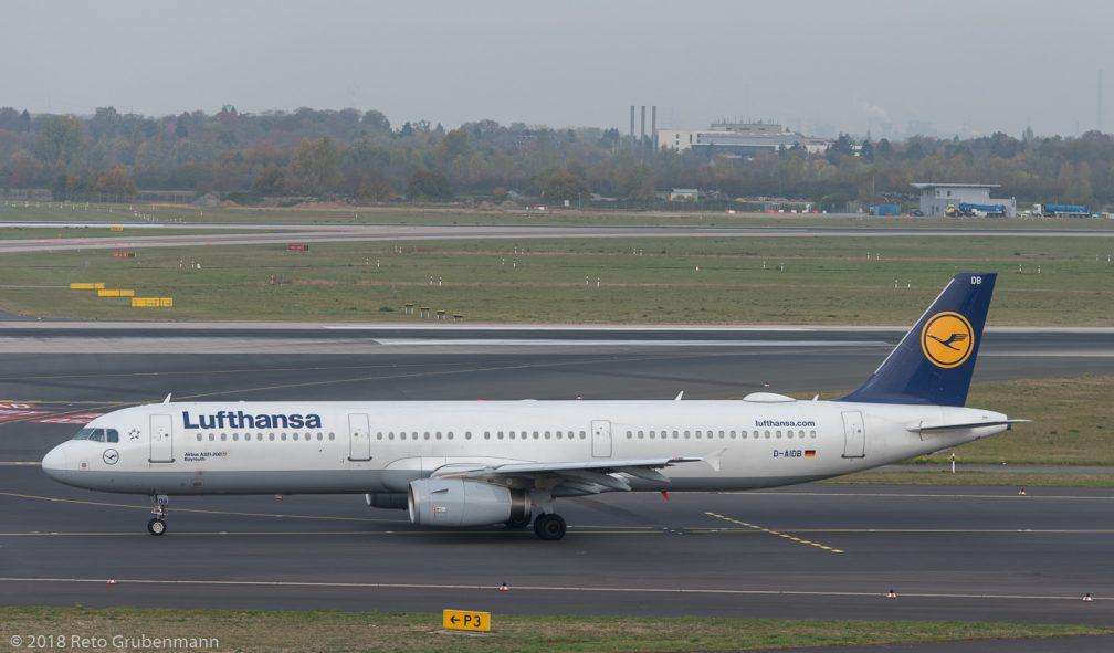 Lufthansa_A321_D-AIDB_DUS181019