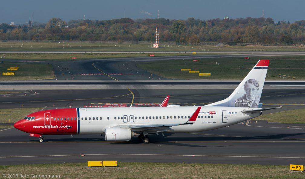 Norwegian_B738_EI-FHS_DUS181019_02