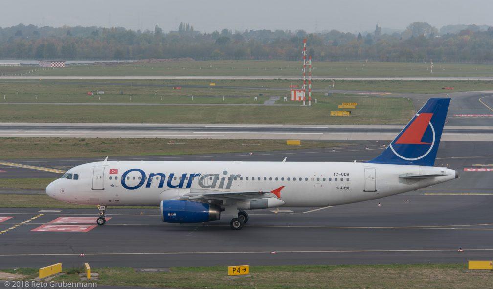 OnurAir_A320_TC-ODA_DUS181019_01