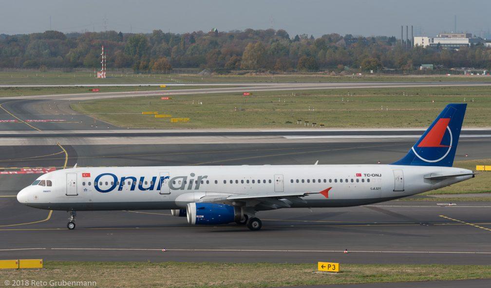 OnurAir_A321_TC-ONJ_DUS181019_02
