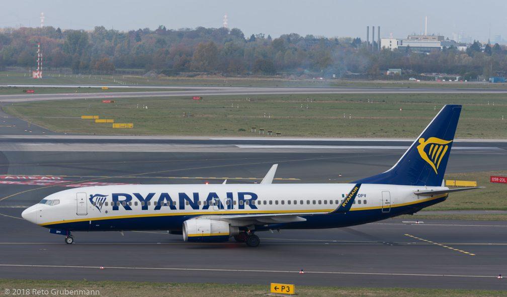 Ryanair_B738_EI-DPV_DUS181019_01