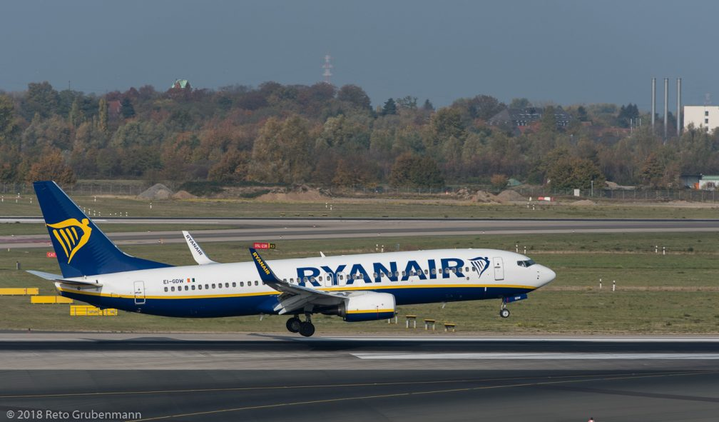 Ryanair_B738_EI-GDW_DUS181019