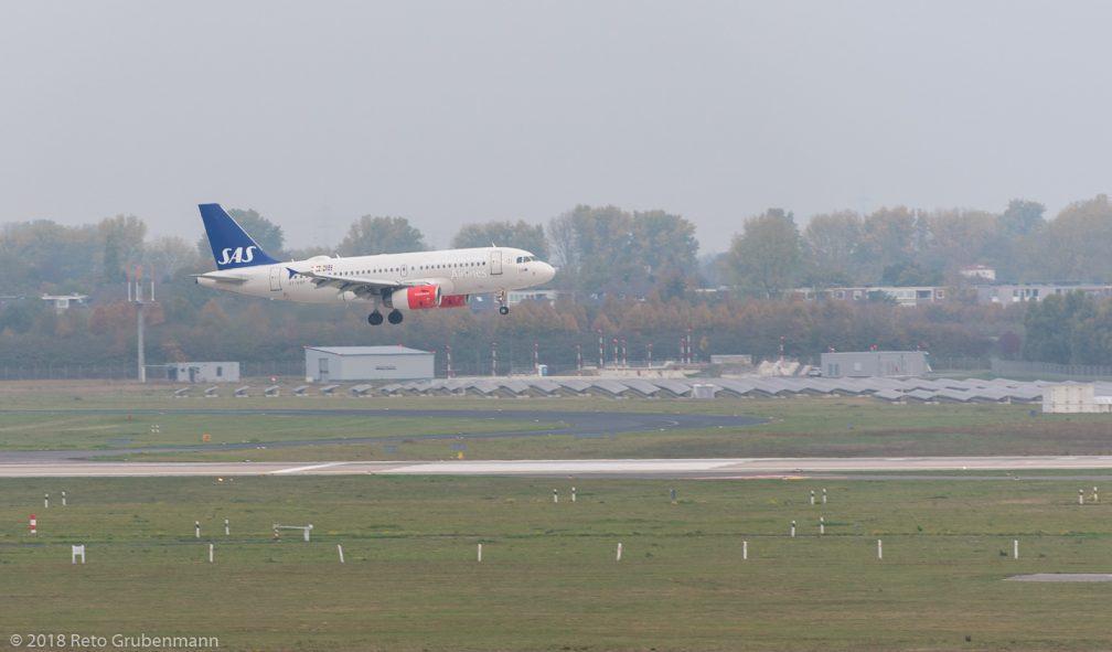 ScandinavianAirlines_A319_OY-KBP_DUS181019