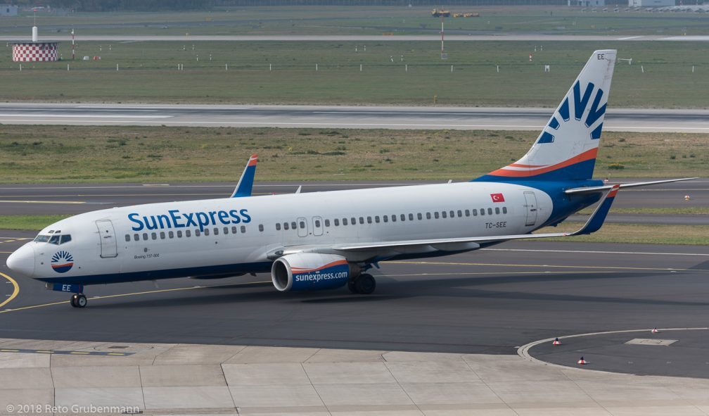 SunExpress_B738_TC-SEE_DUS181019