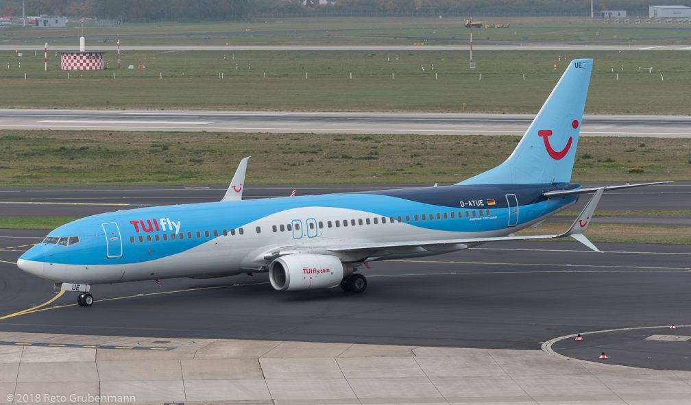 TUIFly_B738_D-ATUE_DUS181019_01