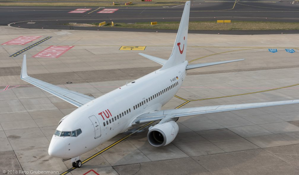 TUIfly_B737_D-AHXF_DUS181019_03