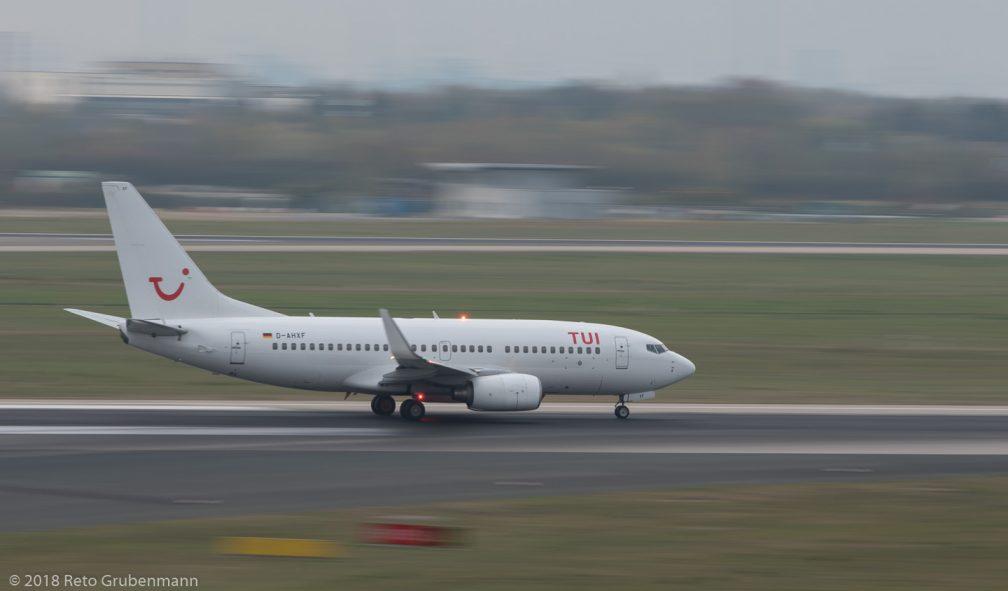 TUIfly_B737_D-AHXF_DUS181019_04