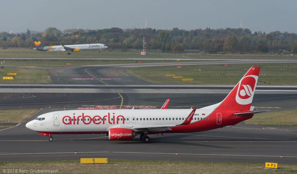 TUIfly_B738_D-ABMV_Condor_B753_D-ABOC_DUS181019