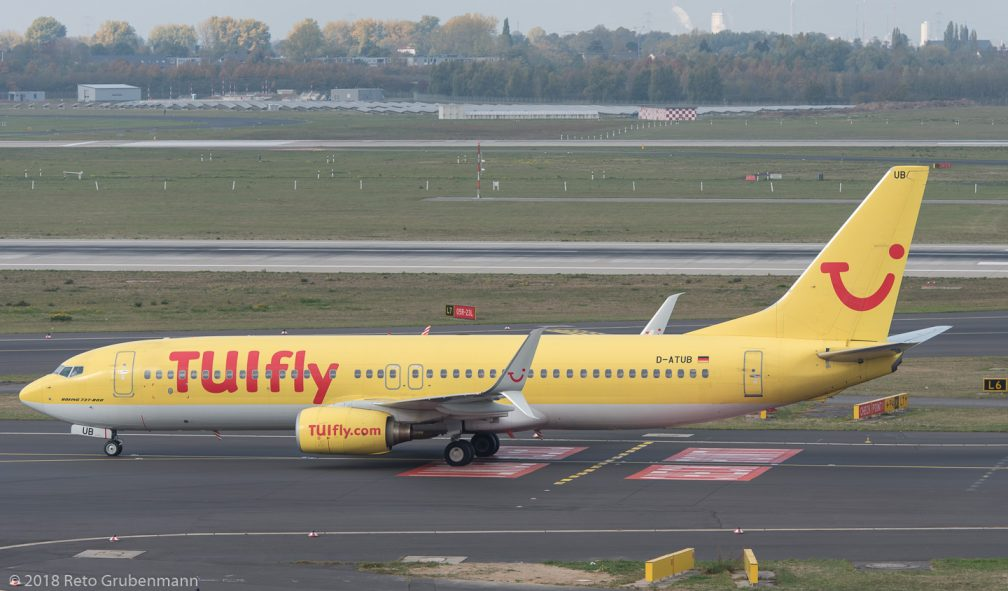 TUIfly_B738_D-ATUB_DUS181019