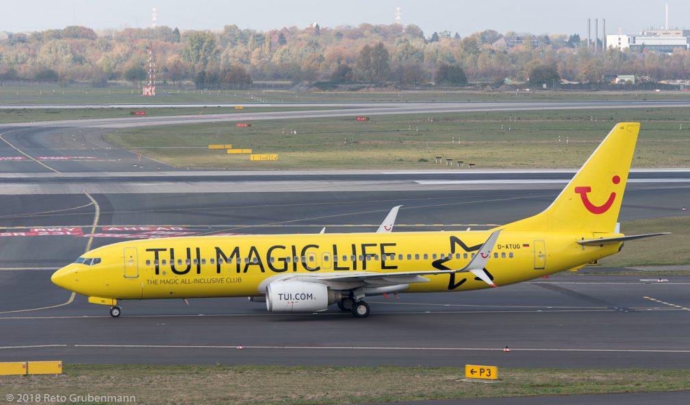 TUIfly_B738_D-ATUG_DUS181019_01